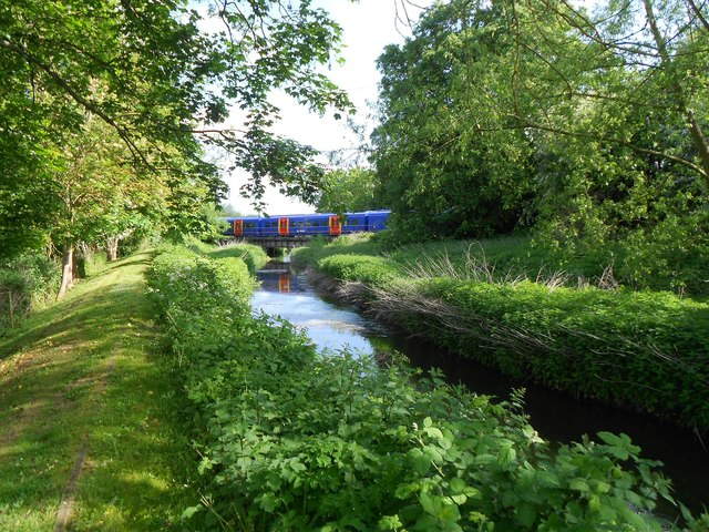 Wraysbury River: Staines to Windsor railway bridge