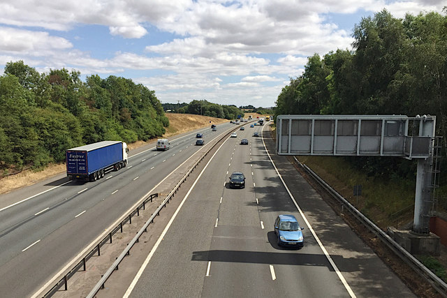 M40 east of junction 14, south of Warwick