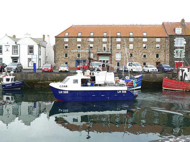 """MV """"Czar"""" Eyemouth harbour"""