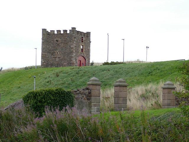 Nisbet's Tower, Eyemouth
