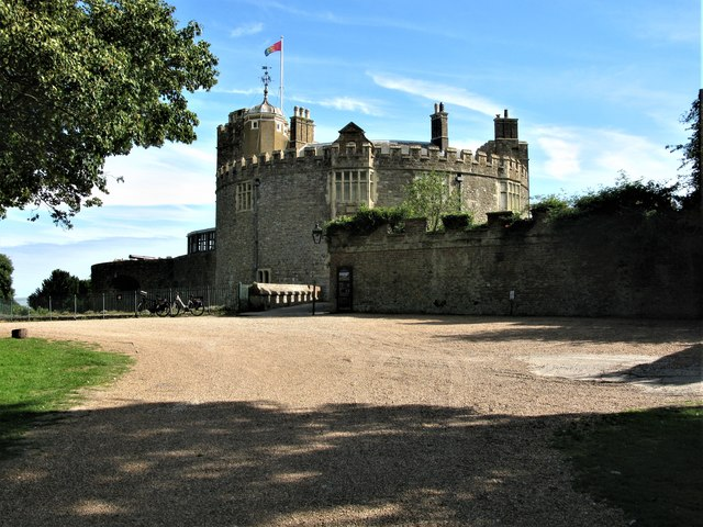 Walmer Castle C G Laird Cc By Sa 20 Geograph Britain And Ireland