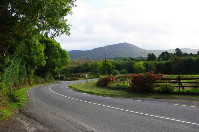 Bend in the R571 road, Killaha West, near Kenmere, Co. Kerry