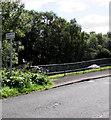 ST1794 : Bilingual sign - Playground/Lle chwarae, Glanhowy Road, Wyllie by Jaggery