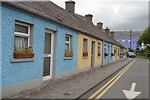 N8056 : Boyne Cottages by N Chadwick