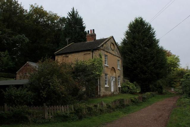 Former Lodge to Parlington Hall