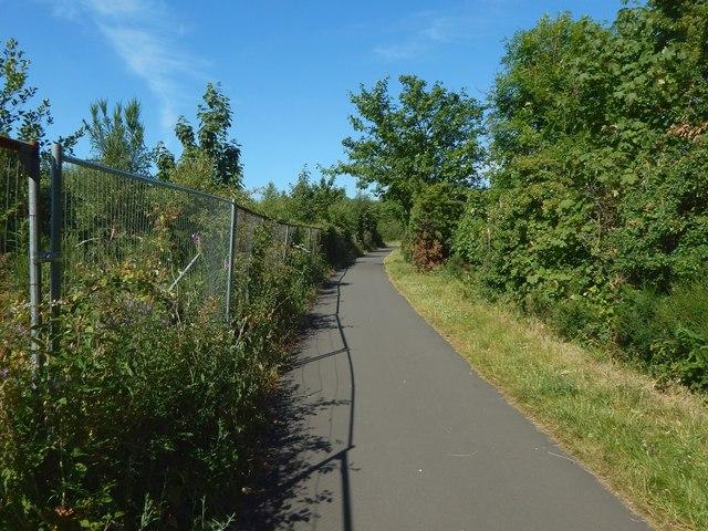 Cycle path at Dalquhurn