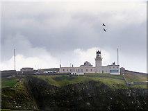 HU4007 : Sumburgh Head Lighthouse by David Dixon
