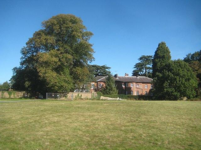 Croxley Green: Croxley House