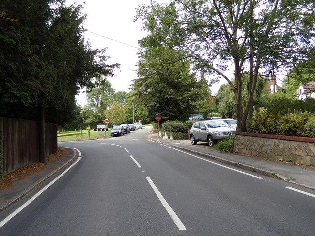 1c352b1894e A1124 Colchester Road, White Colne © Adrian Cable cc-by-sa/2.0 ...