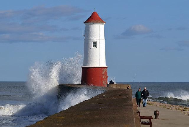 Berwick-upon-Tweed Pier and Lighthouse