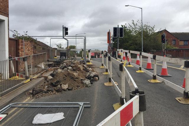 Gas leak on the canal bridge, Emscote Road, Warwick