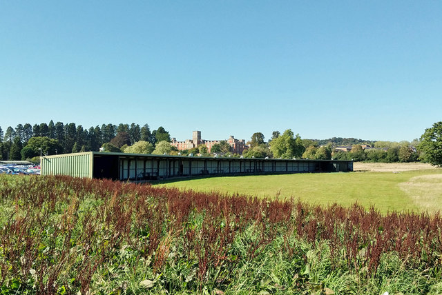 Former Redhill Golf Centre