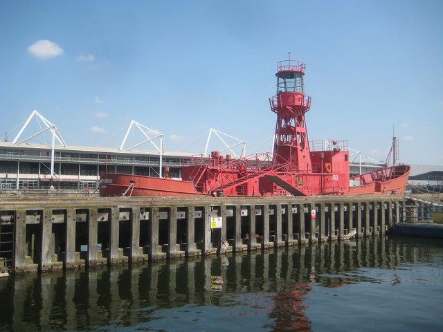 Royal Victoria Dock: Lightvessel Number 93