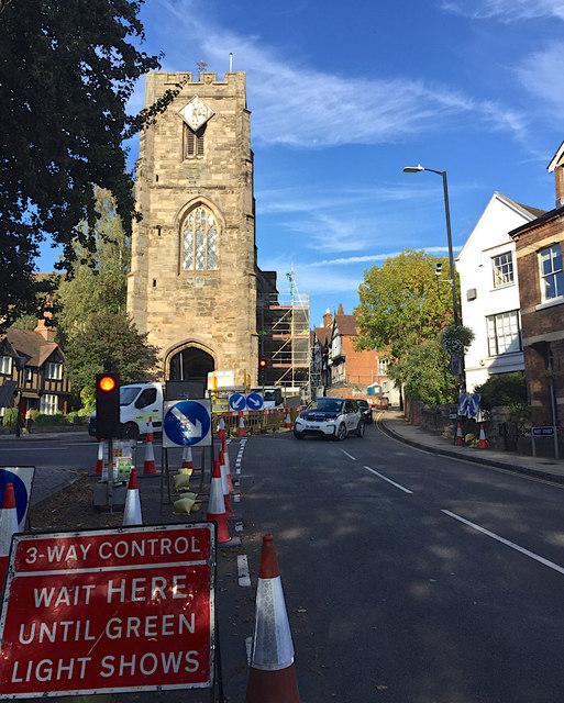 Traffic control during repairs and refurbishment of Westgate, Warwick
