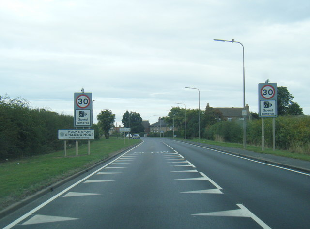 A614 at Holme upon Spalding Moor village boundary
