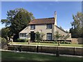 TQ0765 : Lock-keepers cottage at Thames Lock by don cload
