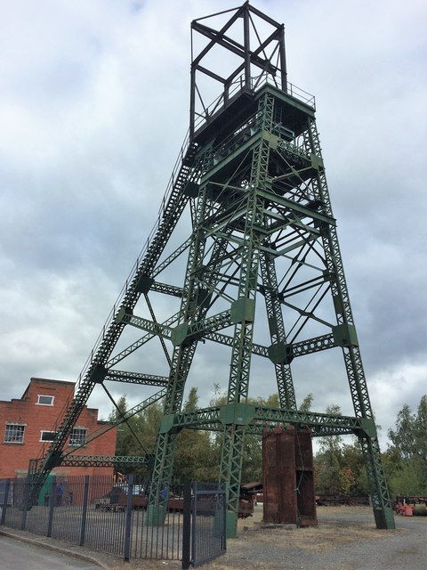 The headgear at Bersham Colliery (2)