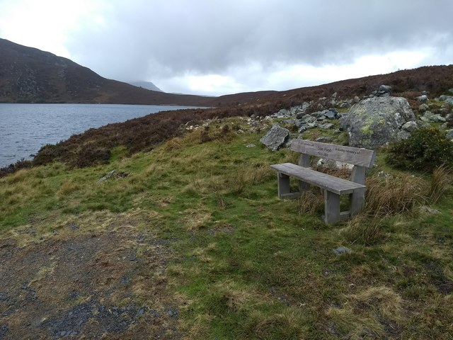 Memorial bench near Llyn Arenig Fawr