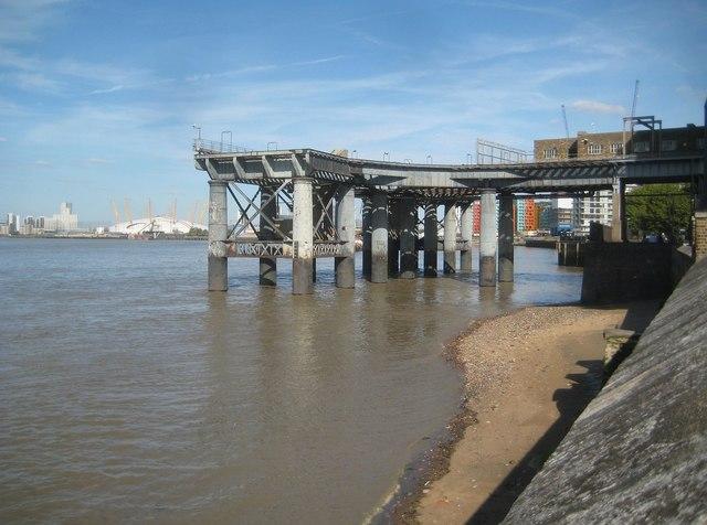 Greenwich: Former power station jetty