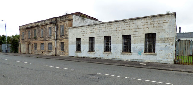 Old building on Broomloan Road