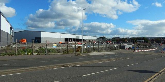 Renfrew Road Retail Park under construction