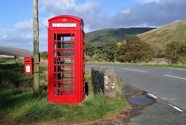 A red telephone box and post box outside the Glen Café