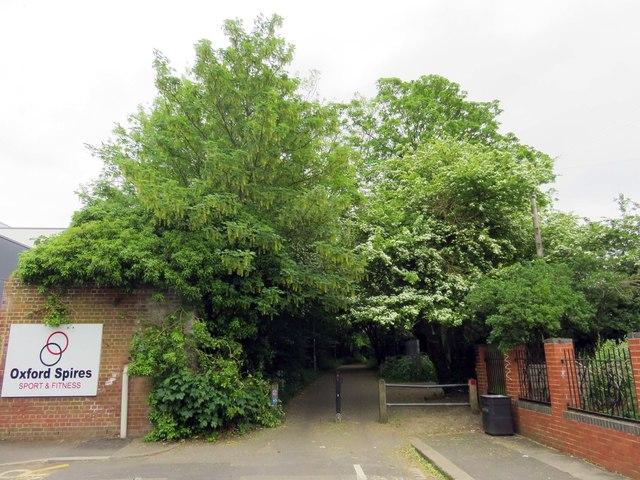 Barracks Lane in Cowley