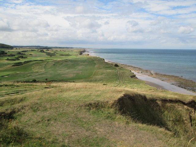 Norfolk  Coast  Path  toward  Weybourne  Hope