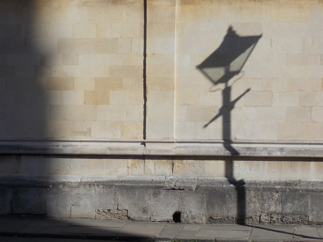 Oxford: shadow of a Radcliffe Square lamppost