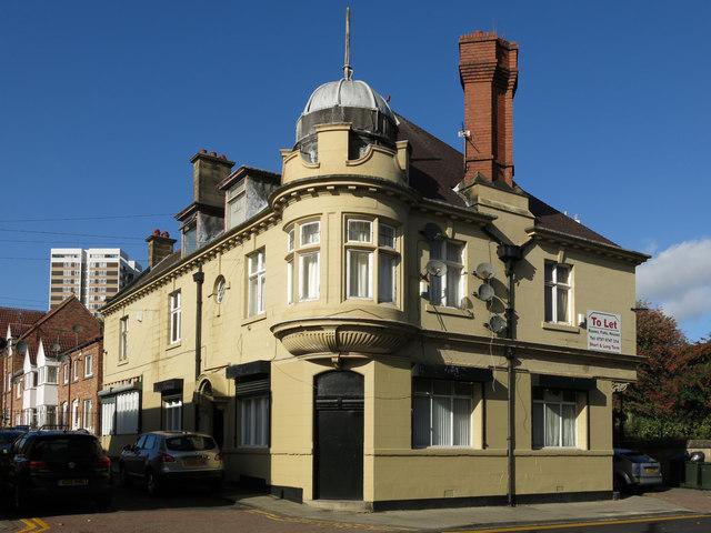 Building on Elswick Road, NE4 (B1600)