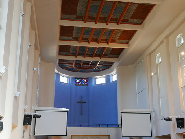 St Francis, Salisbury - interior