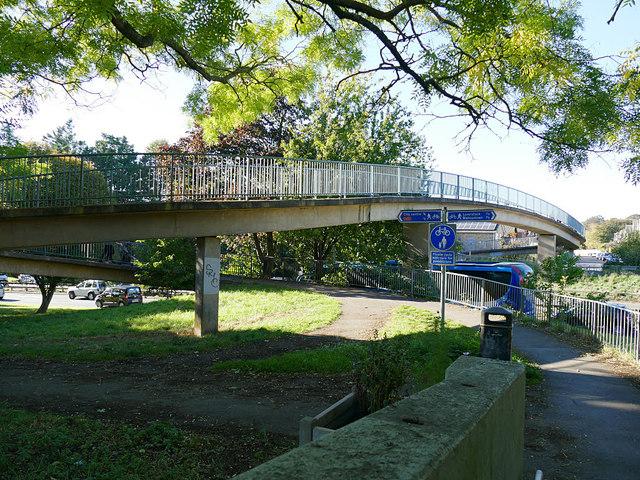 Footbridge over Churchill Way North, Salisbury