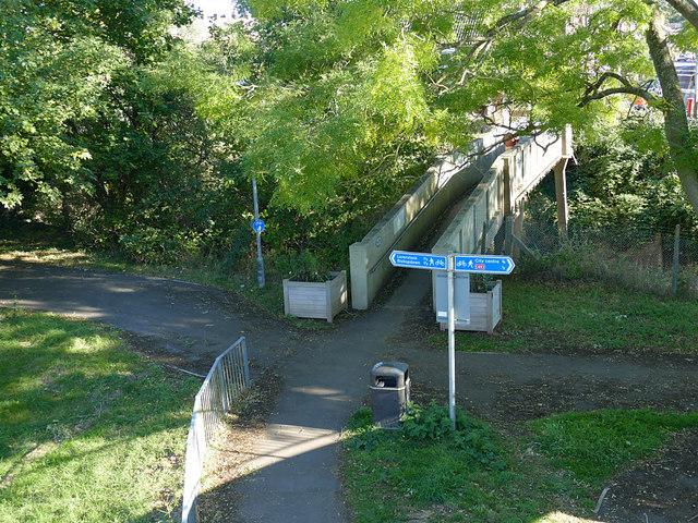 Cycle route signage alongside Churchill Way North, Salisbury