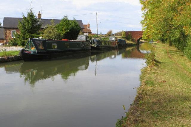 Grand Union canal and Furnace Lane bridge