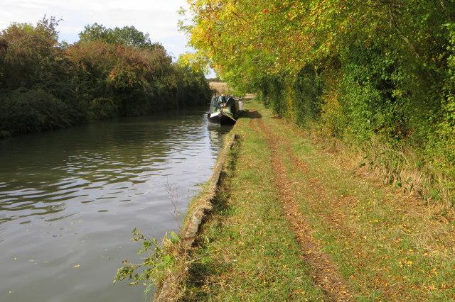 Grand Union Canal Walk by Nether Heyford