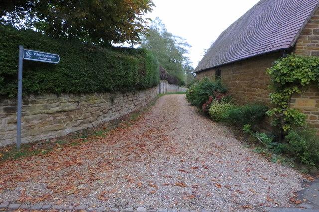 Footpath to Harlestone