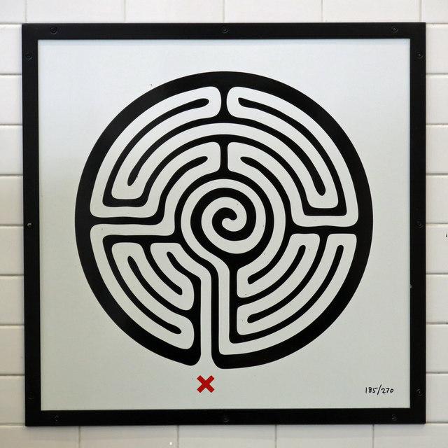 Burnt Oak tube station - Labyrinth 185