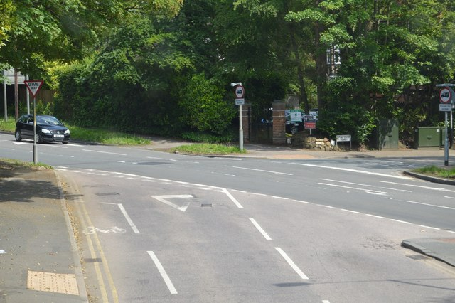 B2249 / A246 junction