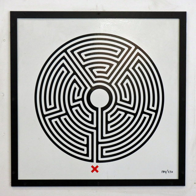 Colindale tube station - Labyrinth 184