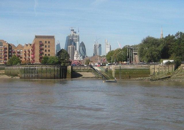 River Thames: Shadwell New Basin Entrance