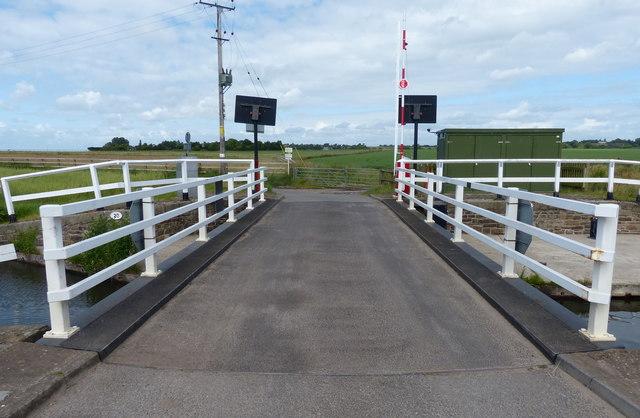 Coxheads Swing Bridge No 20