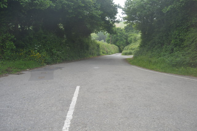 Lane to Waterhead Bridge
