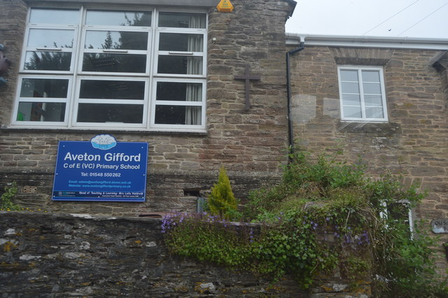 Aveton Gifford Primary School