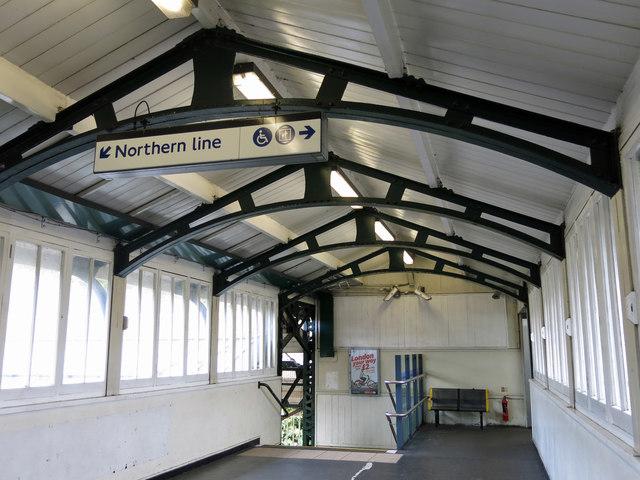 Hendon Central tube station - overbridge