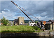 SD8432 : Old crane along the Leeds and Liverpool Canal in Burnley by Mat Fascione