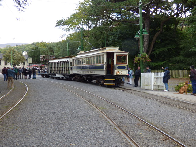 Laxey: Car 7 with trailer 48 and tower wagon