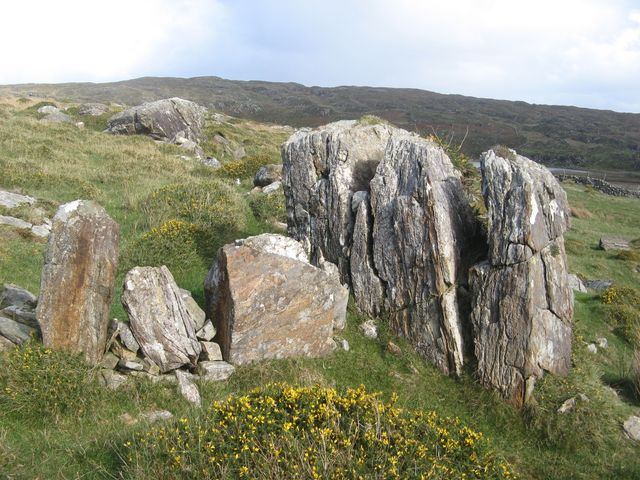 Erratics in wall
