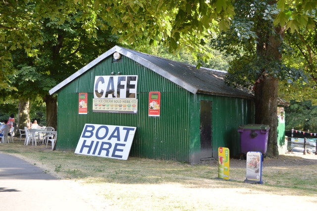 Cafe and Boat Hire