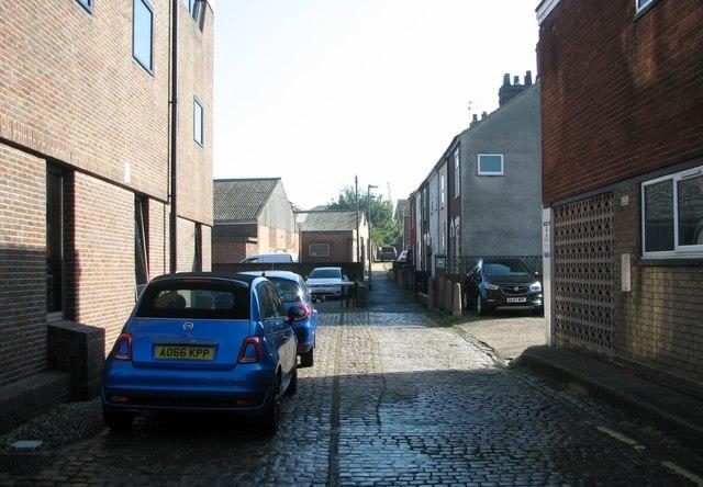 Great Yarmouth's Rows - Row 31