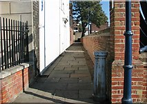 TG5207 : Great Yarmouth's Rows - Row 111 (Luson's Row) by Evelyn Simak